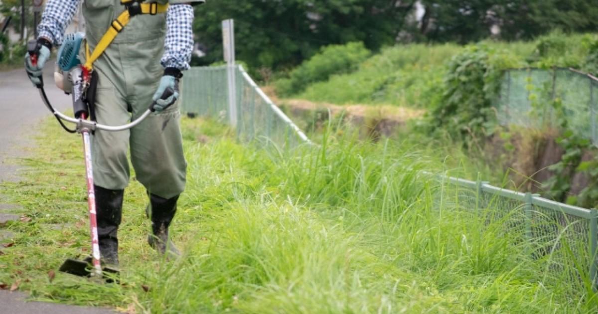 ナイロンコード草刈り機